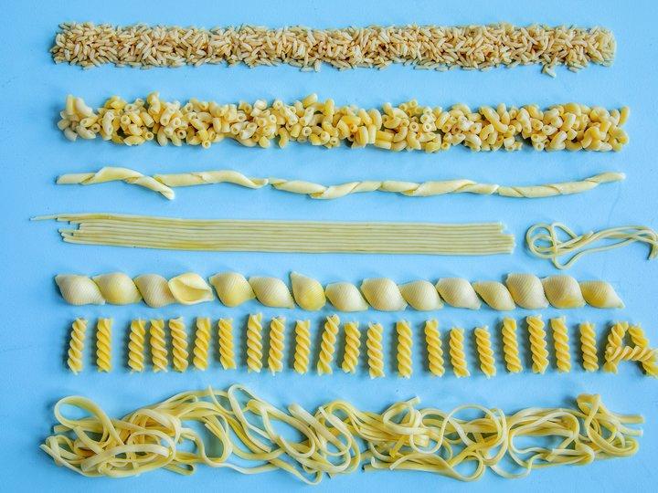 Hvordan oppbevare rester av ris og pasta