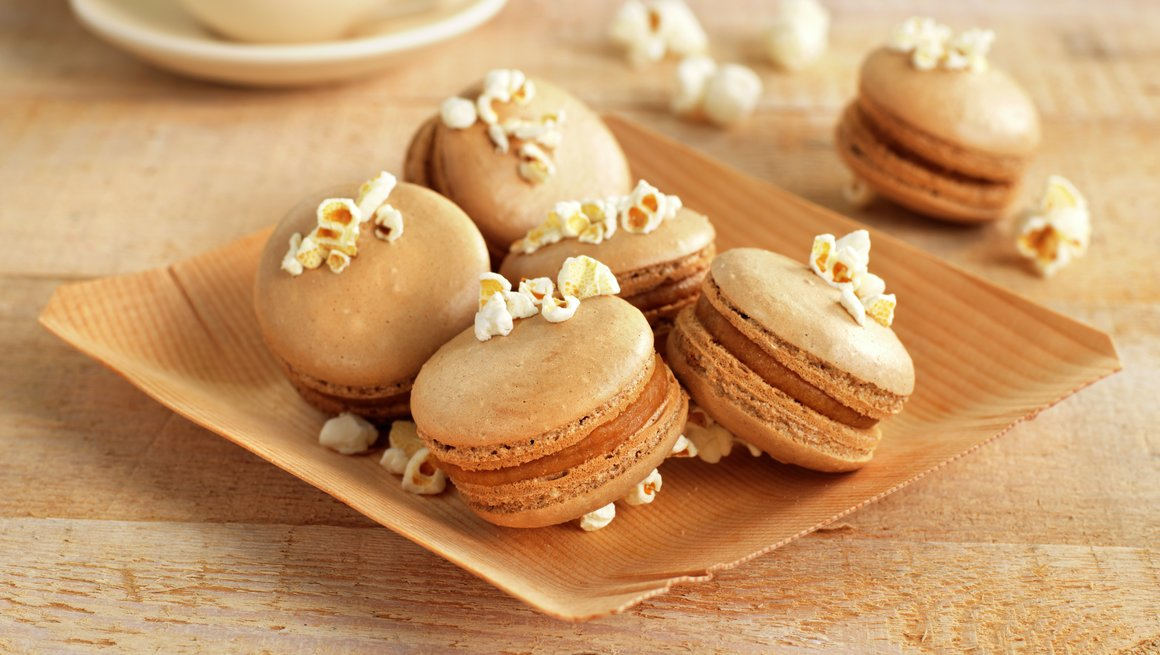Popcornmakroner med karamell
