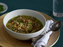 Lam- og byggrynsuppe