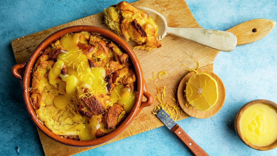 Brødpudding med lemon curd