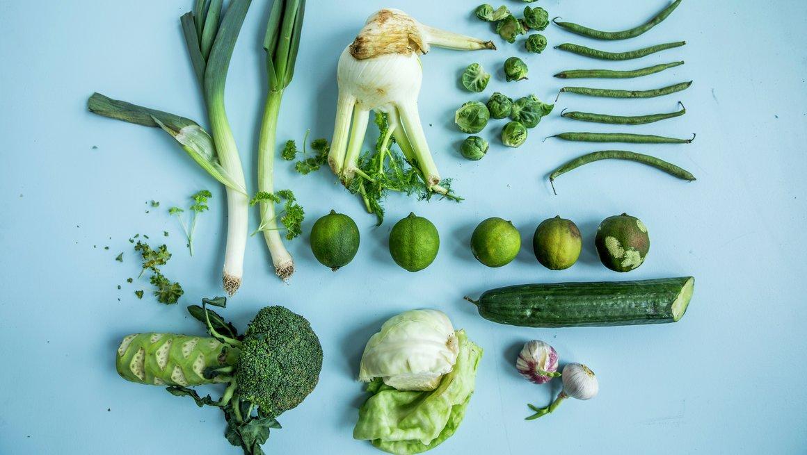 Illustrasjonsfoto matsvinn grønne grønnsaker